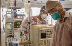 EUA negociam ajuda de US$ 20 milhões em medicamentos contra covid-19 ao Brasil