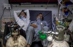 Com hospitais em colapso, Índia supera 20 milhões de casos de Covid