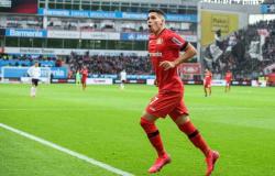 Recuperado, Paulinho volta a ser relacionado no Leverkusen