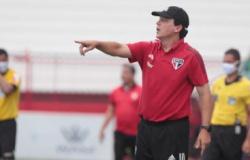 Santos anuncia a contratação de Fernando Diniz