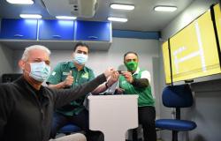 Pra Frente Cuiabá: Pinheiro lança programa com primeira ação de serviços itinerantes do Sine Municipal