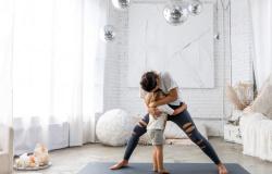 Em casa: Confira 5 posturas de yoga que ajudam no equilíbrio físico e mental
