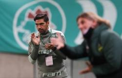 Campeonato Paulista terá técnico estrangeiro campeão após 46 anos
