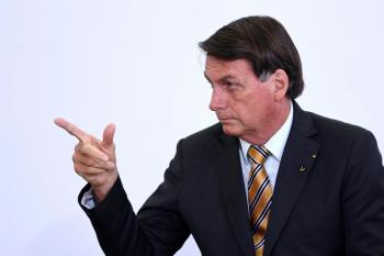 """""""Jamais errei por omissão"""", diz Bolsonaro"""