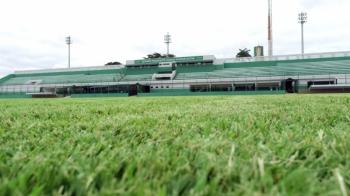 Gramado do Dutrinha é elogiado e estádio deve receber jogos da Série A do Brasileirão