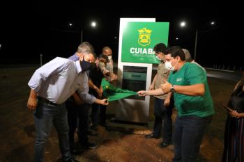 Preocupado com segurança da população, Emanuel Pinheiro entrega iluminação 100% LED na Rodovia Palmiro Paes de Barros