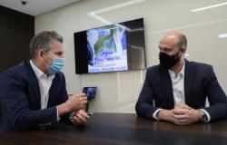 Governador anuncia investimentos de R$ 3 milhões em editais para profissionais da cultura e do esporte
