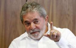 Por falta de provas, juiz absolve Lula na Operação Zelotes