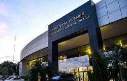 MP pede suspensão da vacinação de pessoas de 18 a 49 anos em Cuiabá