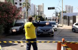 Semob orienta motoristas em avenidas que terão bloqueios para obras da Águas Cuiabá