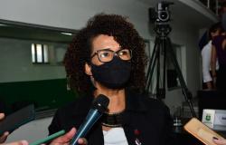 Vereadora defende autonomia e questiona irregularidades em recondução