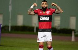 Flamengo massacra o Bahia em noite de ótimo jogo coletivo, três de Gabigol e salta para o G6 do Brasileiro