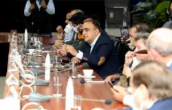 """Essa é a ferrovia do desenvolvimento"""", defende secretário Vuolo em lançamento de edital"""