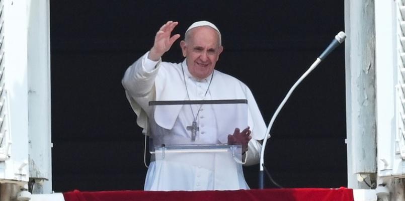 Convalescente, papa não celebrará missa na Basílica de São Pedro