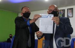 Prefeito e vice são cassados por caixa 2 e multados em R$ 14,5 mil