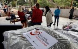 Força-tarefa de enfrentamento ao frio atende a 70 mulheres no Coxipó do Ouro; Campanha Aquece Cuiabá distribuiu cobertores