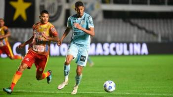 Fernando Diniz comenta a volta de Bruno Marques ao Santos