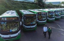 Emanuel inicia modernização do transporte público com entrega de 144 novos ônibus