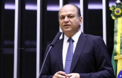CPI da Covid ouve hoje deputado Ricardo Barros, líder do governo na Câmara