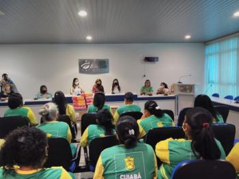 OAB-MT entrega mais de 22 mil absorventes doados em campanha voltada a reeducandas