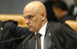 Moraes libera ações contra decretos de Bolsonaro que facilitaram posse de armas