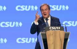 Herdeiro de Merkel quer aumentar popularidade em debate eleitoral