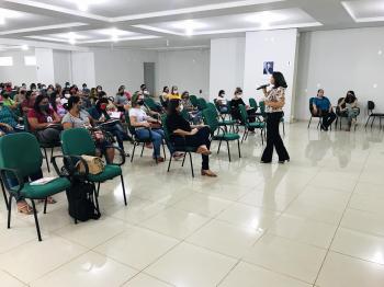 Educação promove formação para técnicos que atendem alunos inclusos nas escolas da rede municipal