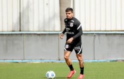 Fagner pede 'pés no chão' ao Corinthians após vitória no Dérbi pelo Brasileirão
