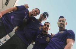 Corinthians adia estreia do novo uniforme com o time masculino; jogo será com torcida