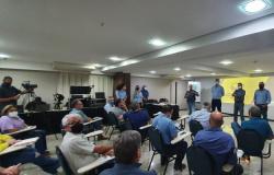 Mais de 40 lideranças sindicais participaram da reunião de trabalho do PDS