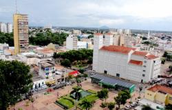 Servidores que tomaram 2 doses da vacina contra Covid-19 voltam às atividades presenciais em Cuiabá