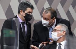 CPI desiste de ouvir Queiroga e chamará coordenador de estudo contra o 'kit Covid'