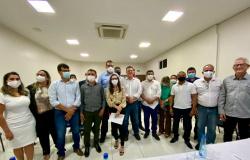 Deputada reúne prefeitos do Norte Araguaia com Fávaro e propõe Frente Parlamentar em Defesa da Região