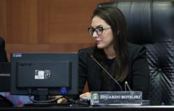 Deputada crê em diálogo com o governo sobre isenção da contribuição previdenciária de aposentados antes da votação do veto