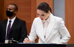 Com o compromisso de representatividade, Janaina Riva é reconduzida à vice-presidência da ALMT e faz história