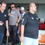 hauahuahauhauhauahhauhauahuahuahauhuTudo Pronto Suíte 14!  Henrique & Diego e Produção Desembarcam em JI - Paraná para um Mega Show