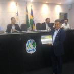 hauahuahauhauhauahhauhauahuahuahauhuPresidente da Assembleia Legeslativa Laerte Gomes é homenageado com título de cidadão honorário.