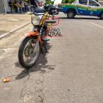 Motociclista morre ao ter pescoço atingido por fio de telefone.