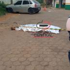 Homem é  executado a tiros em patio de posto