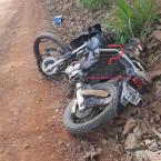 Jovem é socorrido desacordado após grave acidente na zona rural