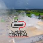 hauahuahauhauhauahhauhauahuahuahauhuUrgente! Corpo de Bombeiros  evita que fogo se alastre em princípio de incêndio em frigorífico em Ji-Paraná
