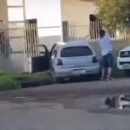 hauahuahauhauhauahhauhauahuahuahauhuHomem flagra mulher com outro em casa após  se desentenderem em Corona fest e susposto corno, destrói  carro da pessoa errada