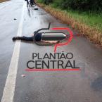 hauahuahauhauhauahhauhauahuahuahauhuImagens fortes! Homem morre em acidente na BR 364 e tem cabeça  arrancada do corpo após  colidir frontalmente  com  carreta
