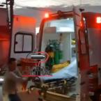 hauahuahauhauhauahhauhauahuahuahauhuHomem é preso após tentar destruir ambulância enquanto era socorrido