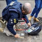 hauahuahauhauhauahhauhauahuahuahauhuDupla de Ji-Paraná é presa com  mais de  6 kg de cocaína no estado do  Acre