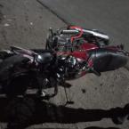 hauahuahauhauhauahhauhauahuahuahauhuCâmera  de monitoramento  registra momento que adolescente  perde controle da direção  da motocicleta  e sofre varias fraturas nas pernas
