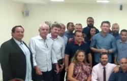 Deputados Suplentes participam de reunião com o Governador eleito Marcos Rocha e agradecem votação recebida, confira.