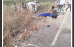 Motorista morre após  capotar caminhonete na RO 481