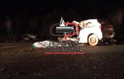 Três pessoas morrem após condutor inabilitado e sob efeito de álcool colidir em carreta na zona rural de Ji-Paraná