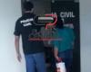Polícia Militar  prende mulher ao desembarcar no terminal rodoviário  com droga